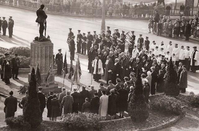 1958 RLSSB Armistice Parade Leamington Spa.jpg