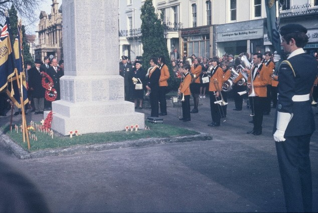 1977 RLSSB 5 British Legion Armistice Parade Leamington.jpg