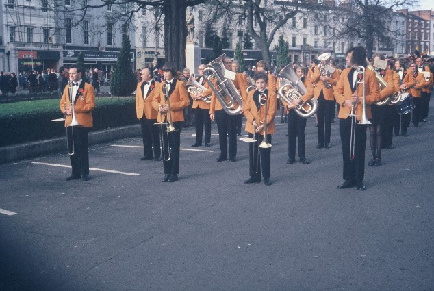 1977 RLSSB 6 British Legion Armistice Parade Leamington.jpg