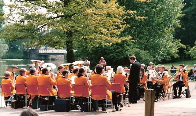 1994 RLSSB 1 Jephson Gardens.jpg