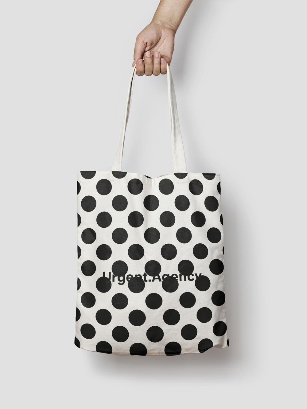 Urgent Tote Bag – Polka Dots