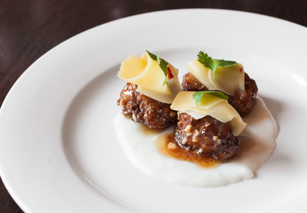 112_GalleryImages_sweetbreads.jpg