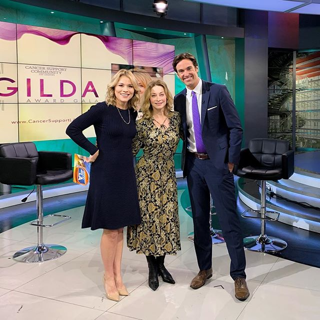 📸Spotted: @cancersupportla💞honoree @sharonelawrence on Good Day LA ☀️ this morning with @elexmichaelson and @megancolarossi. 🌸 #GildaAwardGala