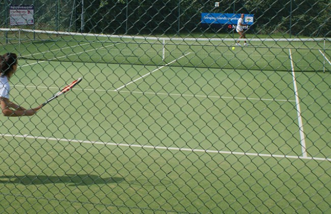 Island_Games_2011_womens_tennis_at_Ryde_Lawn_Tennis_Club_Bermuda_vs_Menorca.jpg