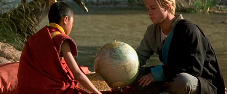 """12.Sete anos no Tibet - Ao se confrontar com a cultura de vida simples e caridosa dos tibetanos, que apesar de terem muito pouco eram extremamente felizes, Heinrich começa a questionar em si mesmo quais os caminhos levam o Homem à felicidade e a completa realização. (…) Ser feliz é algo muito singular e particular e funciona de uma forma diferente para cada um, seja por entre as montanhas isoladas do Tibet ou na correria das grandes metrópoles. Entretanto, não nos damos conta de nossa infelicidade ou fazemos de conta que não, justamente pelo medo que temos em """"deixar a ilha"""". Essa é a maior virtude de Heinrich, a coragem de abandonar a ilha, de olhar para si pelo lado de fora, de enxergar suas angústias, erros e aflições e não temer ter que abandonar tudo. E é justamente por isso que Sete Anos no Tibet é uma obra fantástica, traz consigo um mundo de reflexão, pois a vida de Heinrich e o caminho de sofrimento e mudanças por esse percorrido muitas vezes confunde-se com o nosso. Leia mais"""