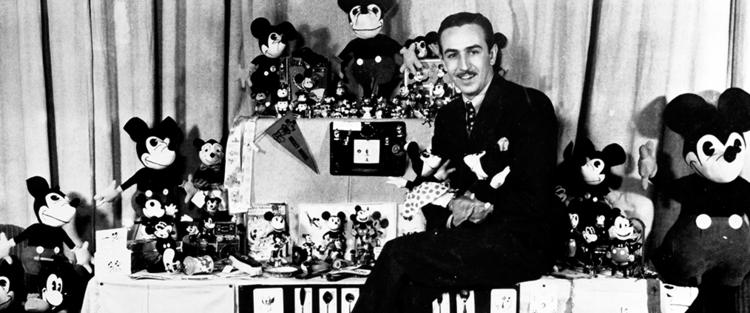 79.Walt antes do Mickey - O filme mostra a história de um dos maiores empreendedores do mundo. Sua passagem pela Cruz Vermelha na Segunda Guerra; o início de sua carreira como ilustrador; a falência da empresa e o recomeço na Disney Brothers', fundada com seu irmão Roy. Batalhas que nunca o fizeram desistir! Até que veio a realização de seus sonhos, com a criação do Mickey.