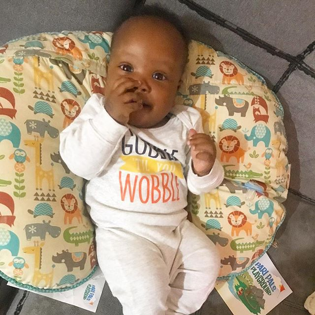 Big brother is home and it's officially Thanksgiving weekend. I'm ready for ALL the turkey! . . . . . #gobbletillyouwobble #lovecarters #rjandzayn #babiesofinstagram #5monthsold #littlebrother #mybrotherskeeper #blackboyjoy #blackmomsblog #thanksgiving #firstthanksgiving