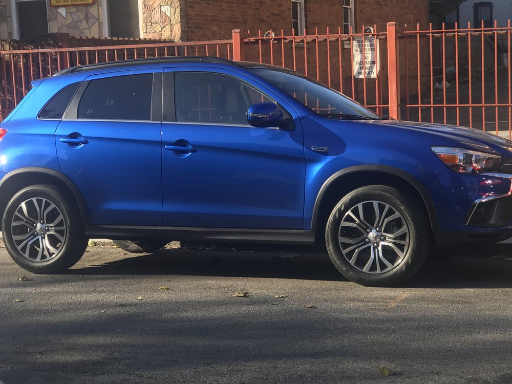 I drove the 2018 Mitsubishi Outlander Sport for a week in exchange for my honest review! Like always, all opinions expressed belong to me =)