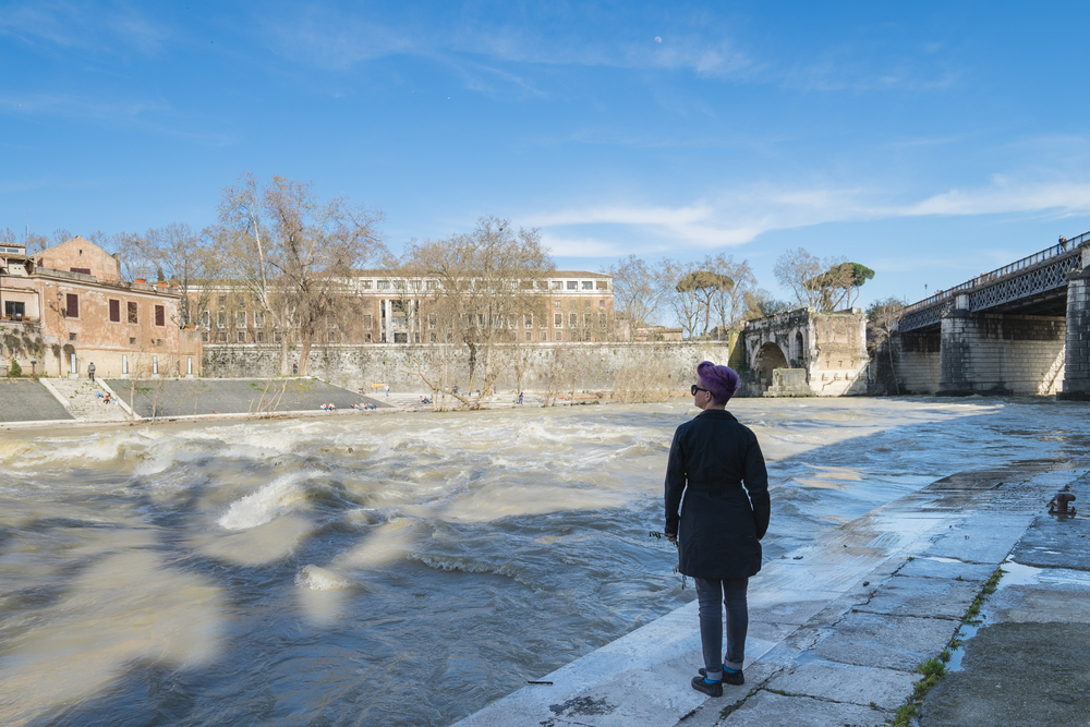 Mimi on the bank of the Tiber