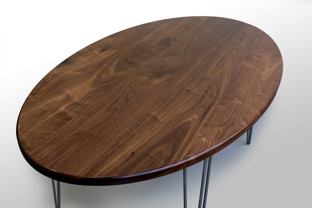 Walnut percy Dining Table closeup.jpg