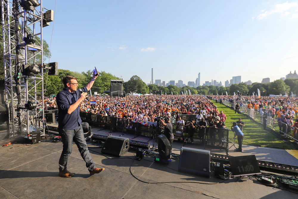 Andrew Palau shares his testimony in Central Park.