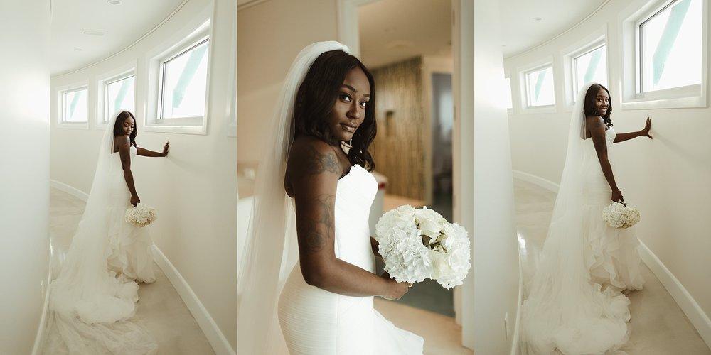 bridesmaids-helping-put-on-dress-moment
