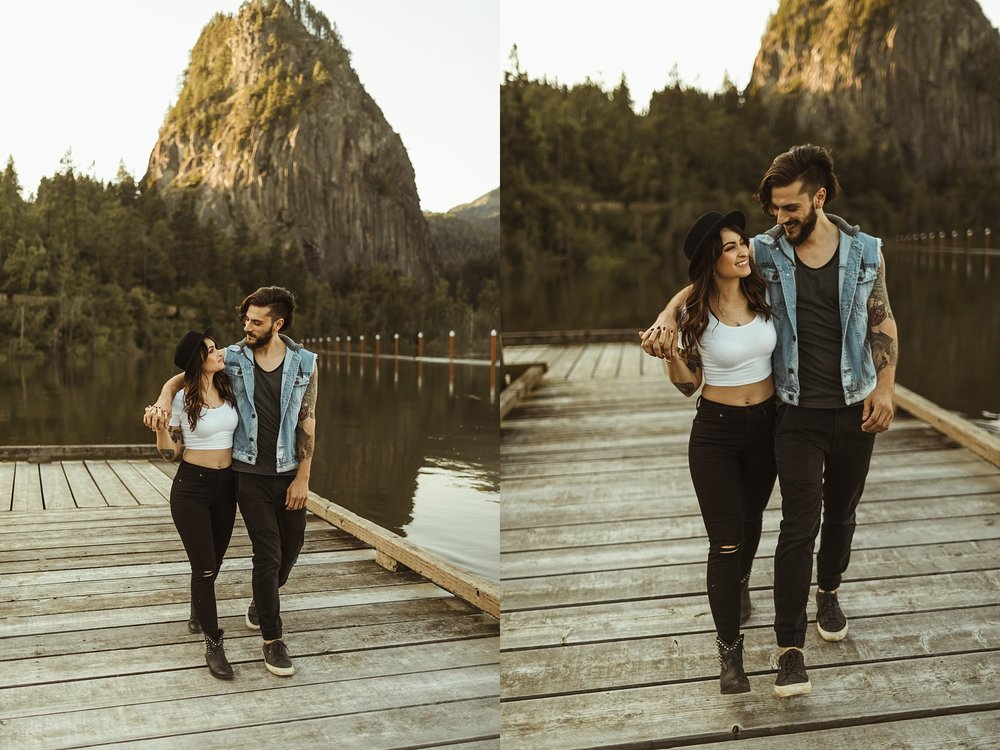 Beacon-Rock-State-Park-Engagement-Photos.jpg