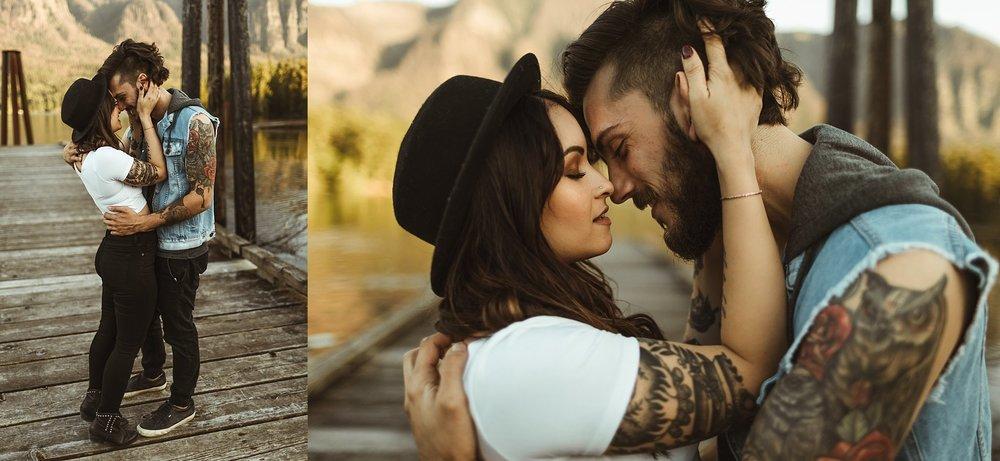 Sexy-Engagement-Photos.jpg