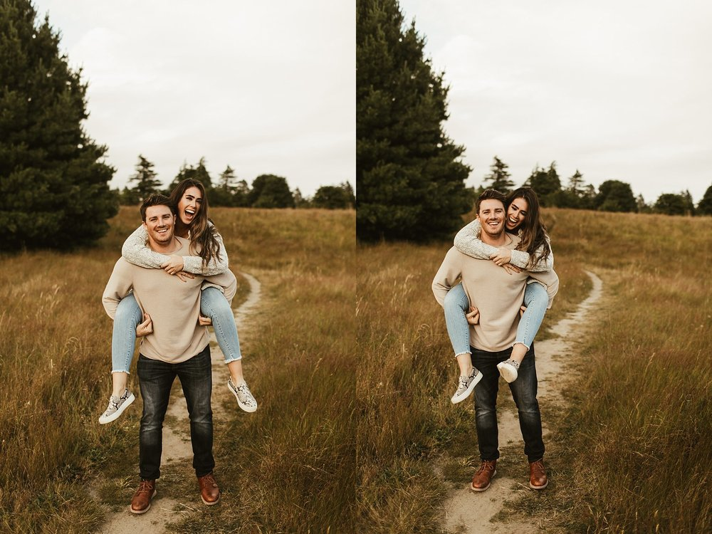 seattle engagement session at discovery park -6.jpg