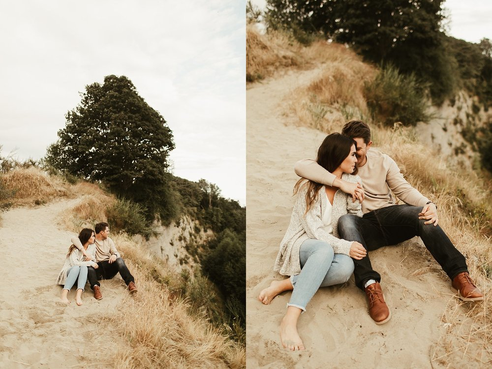 seattle engagement session at discovery park -8.jpg