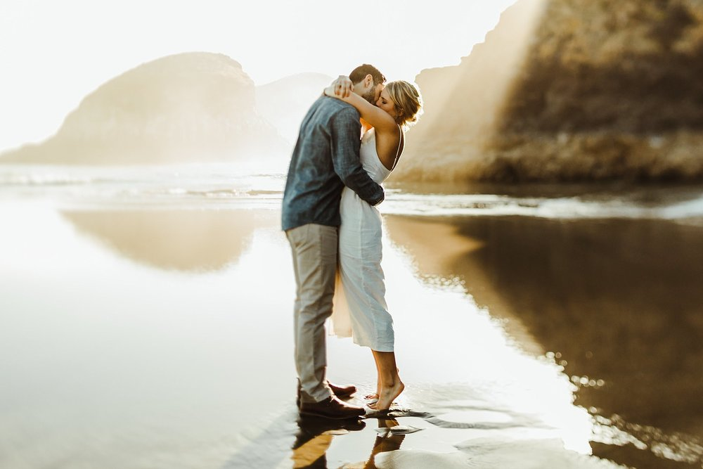 romantic Summertime Cannon Beach engagement photos
