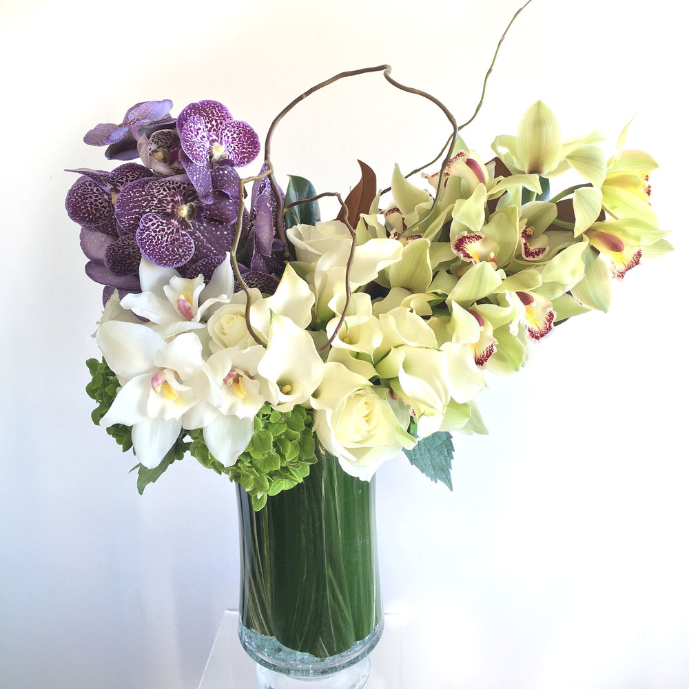 Ezai floral design owner and head floral designer yen ing nguyen brings her modern clean and refined floral design aesthetic to ezai floral design from her hometown of floridaeventfo Choice Image