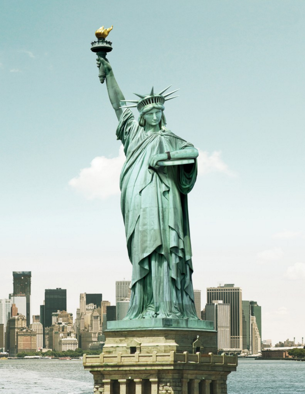 Emirates – Statue of Liberty