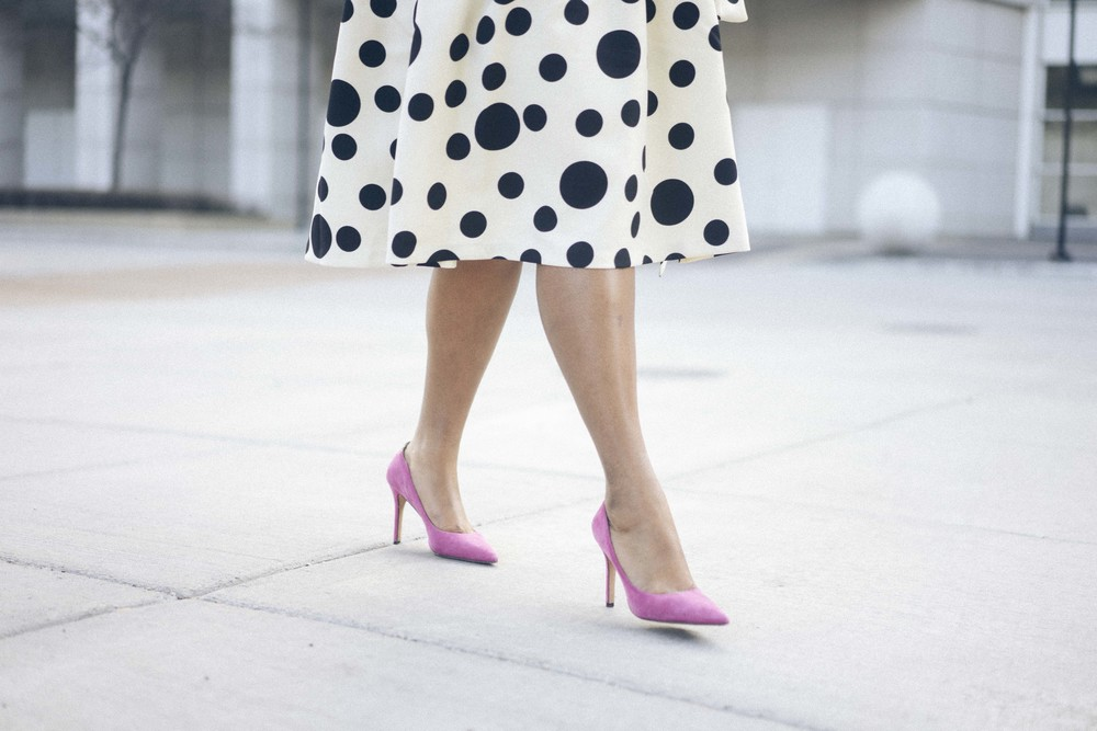 That Hayet Rida Dainty Jewels Polka Dot Dress Pink Sam Edelman Pumps Banana Republic Magenta Leather Bag Plus Size Looks Easter Dress 5.jpg