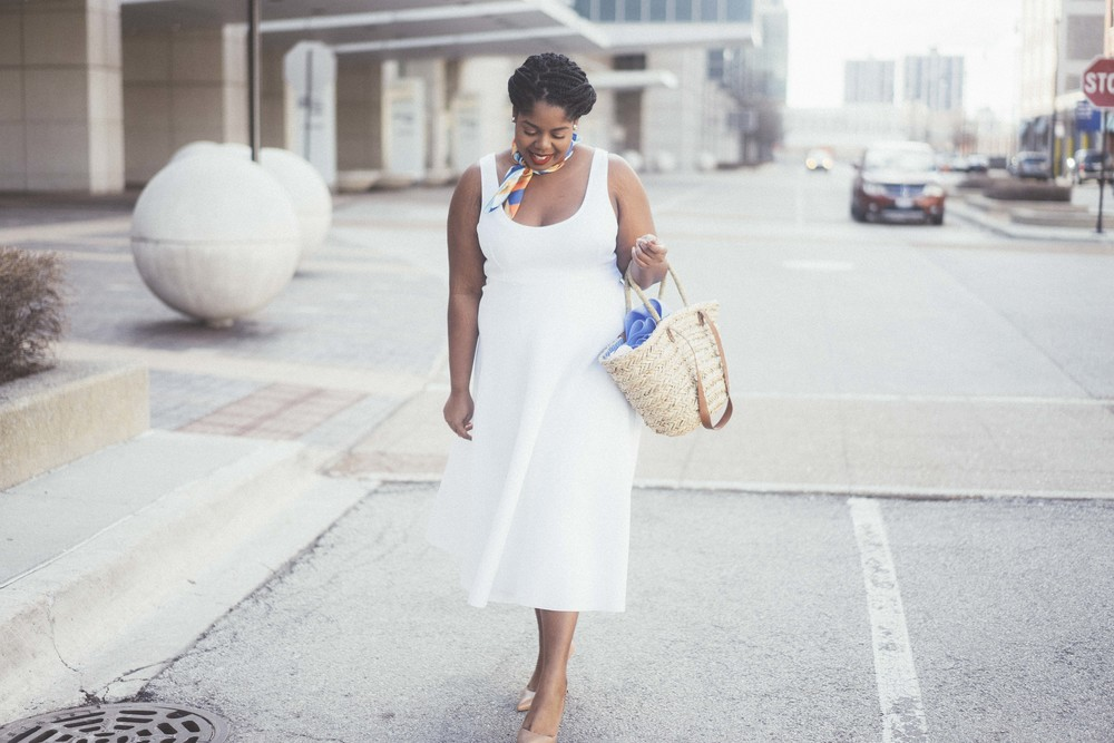 That Hayet Rida Plus Size Fix Scuba White Dress Sam Edelman Slingback Asos Duster Coat 7.jpg