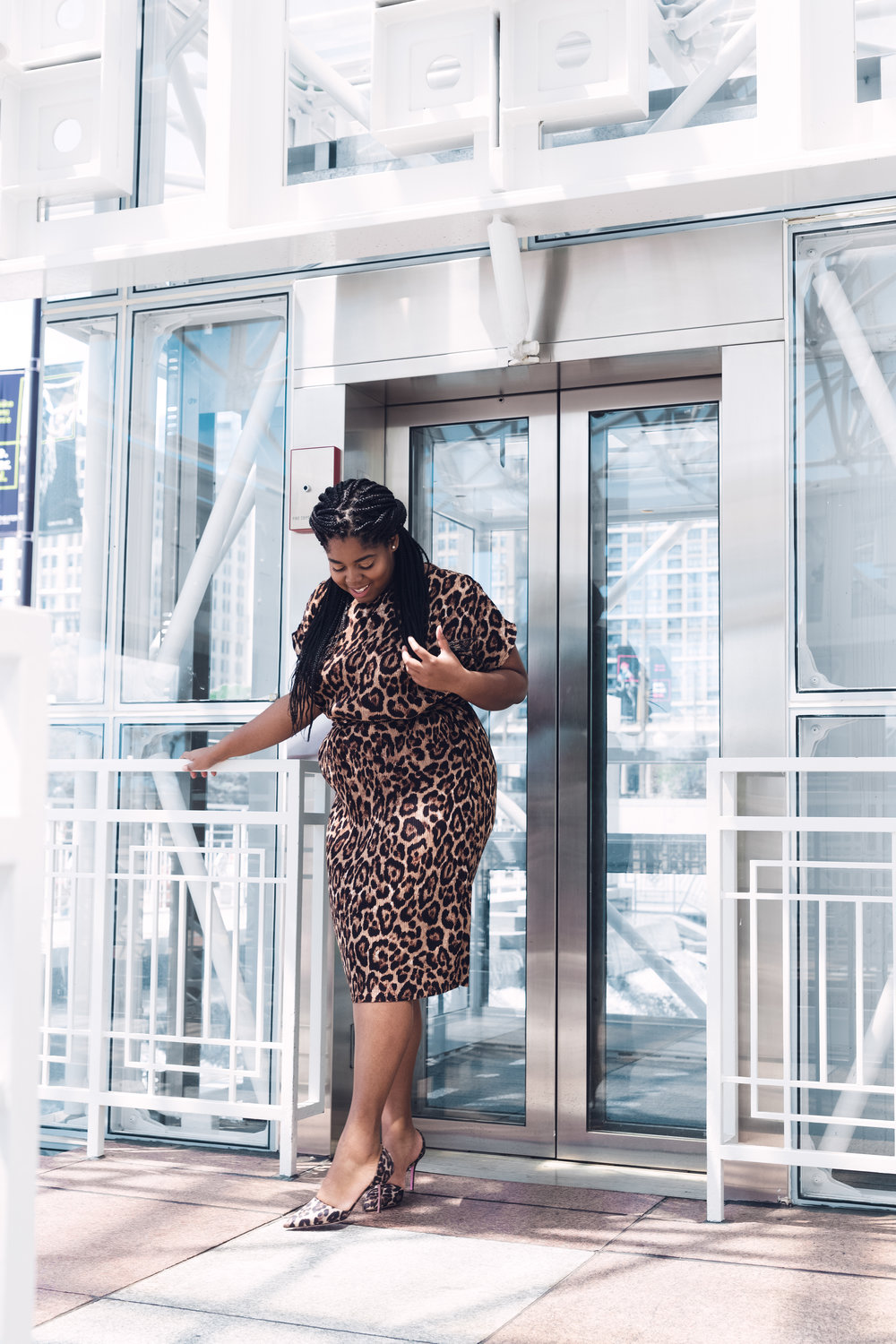 That Hayet Rida New Look Pleated Leopard Midi Asos Asseenonme Plus Size Blogger Chicago Influencer 3.JPG