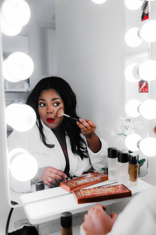 Hayet Rida Chicago Beauty Blogger Impressions Vanity Mirror Melanin Beauty Makeup Dark skin 11.jpg