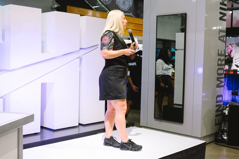 Hayet Rida Chicago Nike Plus Size Line Event Fashion Lifestyle Blogger Nike Air Society Vapor Max 40.jpg