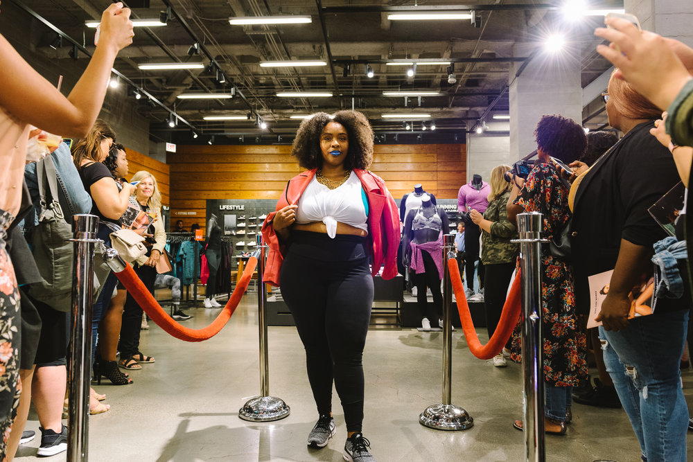 Hayet Rida Chicago Nike Plus Size Line Event Fashion Lifestyle Blogger Nike Air Society Vapor Max 50.jpg