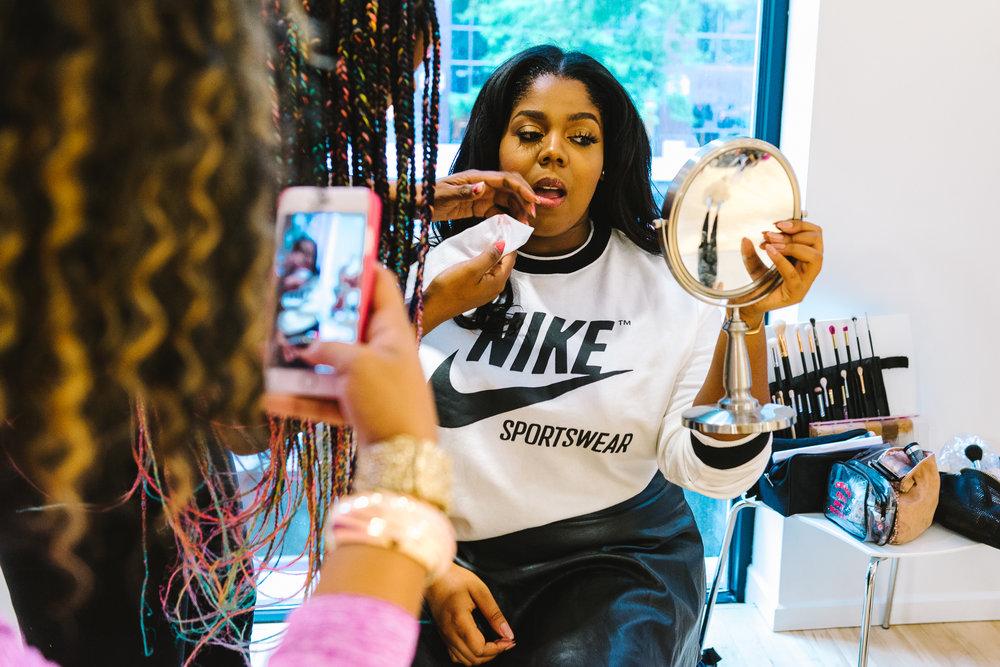 Hayet Rida Chicago Nike Plus Size Line Event Fashion Lifestyle Blogger Nike Air Society Vapor Max 37.jpg