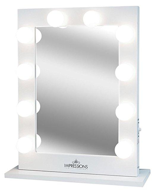 vanity mirror.jpg