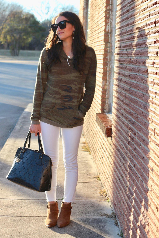 e949f0f19c9 CASUAL COOL — Ashley Higgins   Fashion Blog