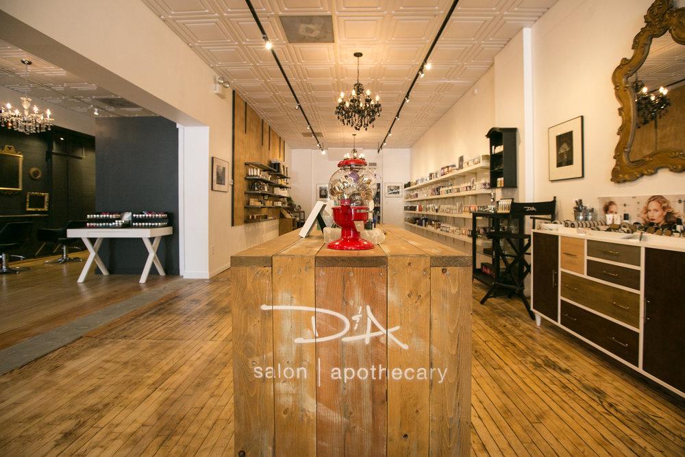 D&A salon woodstock