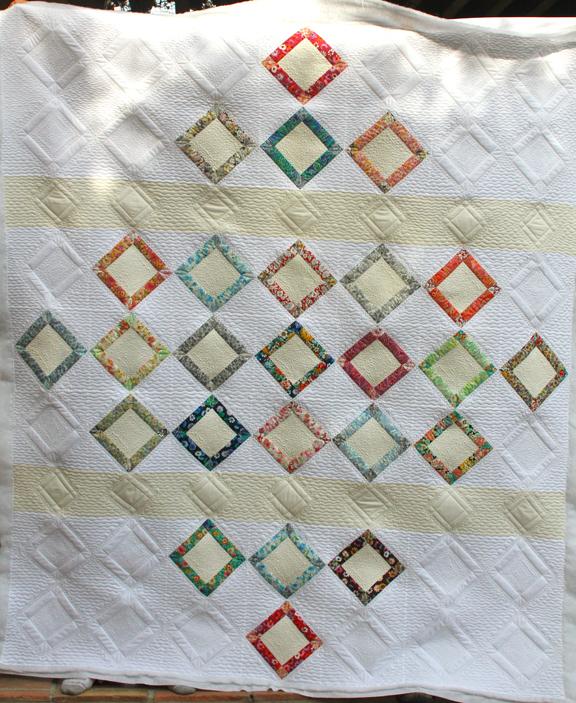 Robert Kaufman - Faraway Pattern - London Calling 3 Fabrics