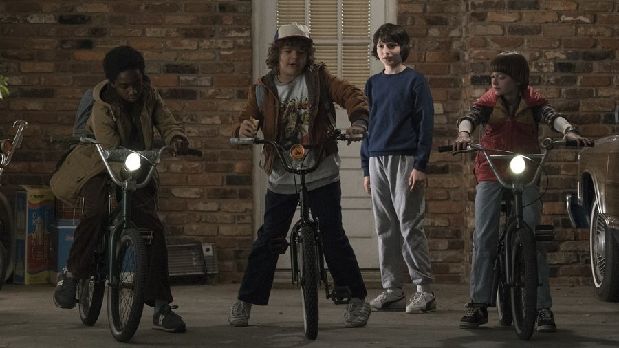 stranger-things-smaller_wide-99c8faf29a458cf6e5be0fd505a4ebdf8bc337ef-s900-c85.jpg