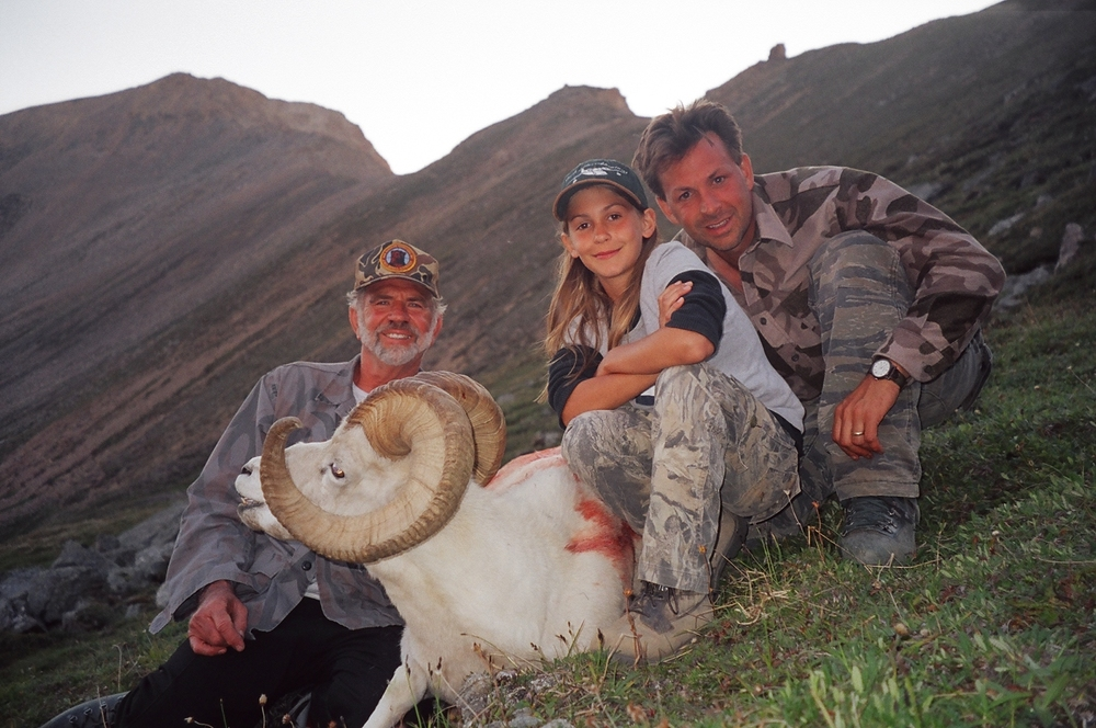 "My granddaughter Rachel, her father Sagen and me with her 38"" Tok ram."