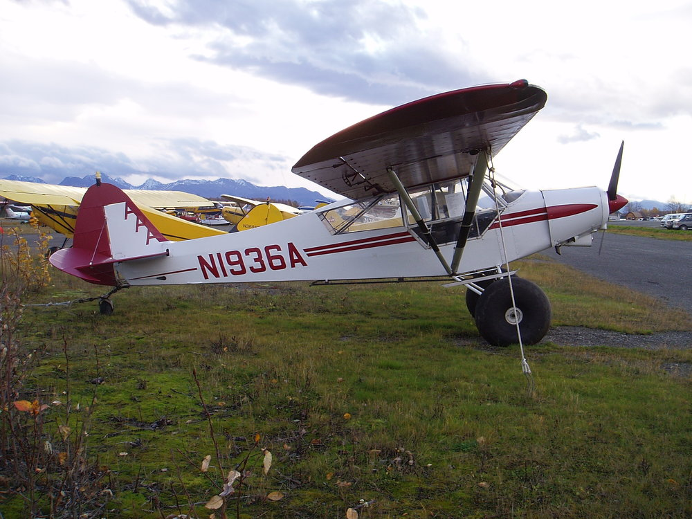 1936A at Lake Hood strip in Anchorage right before I sold it in 2008.  I loved that plane.