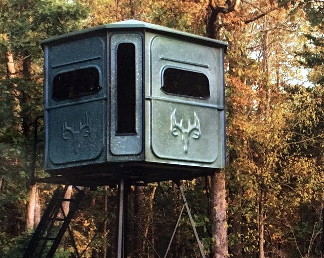 A Redneck deer blind like the one Matt has. The only way to hunt.
