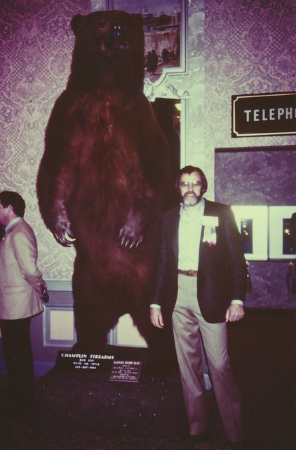 George with his giant mounted bear at the 1985 FNAWS Convention.
