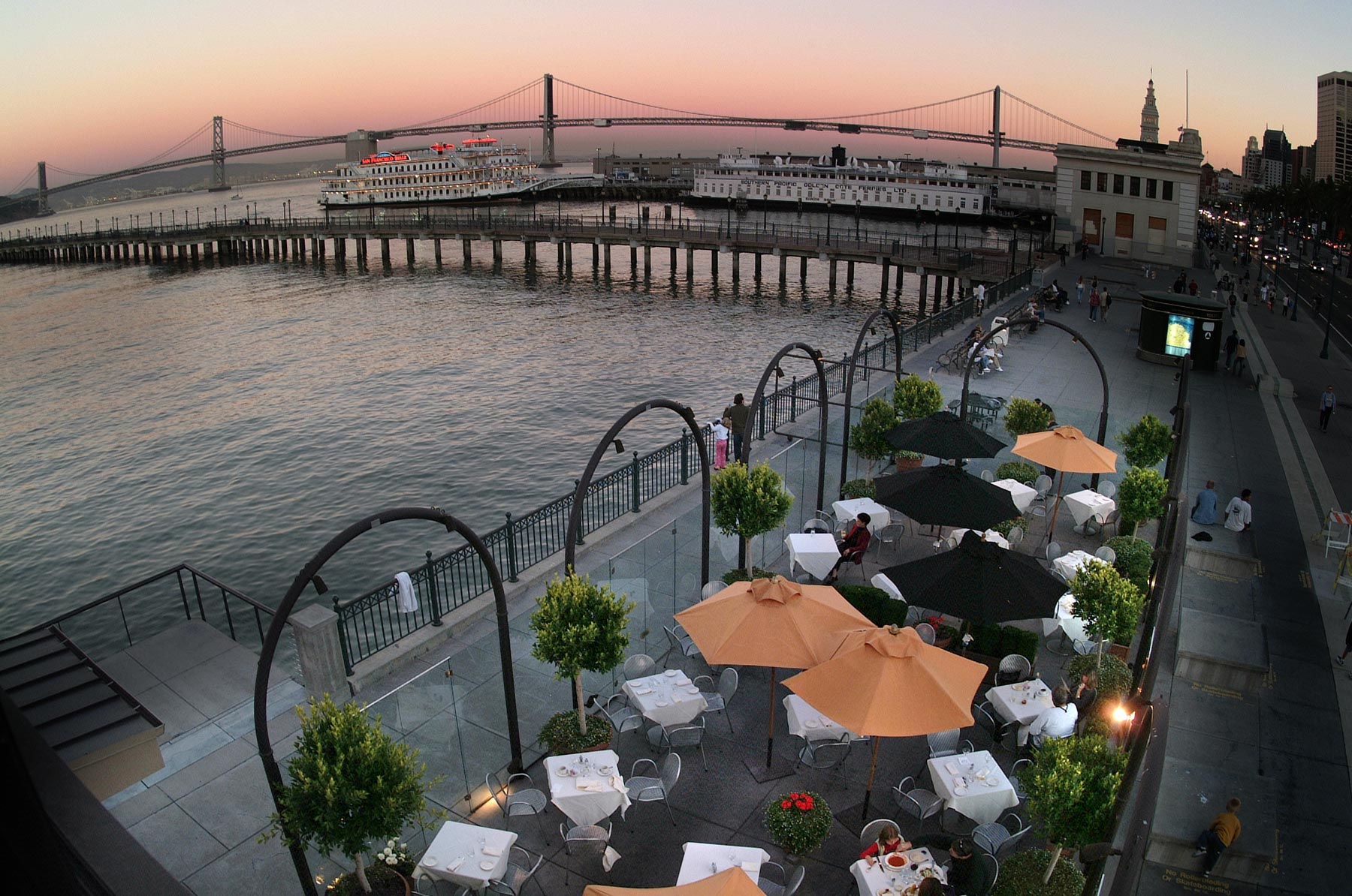 The Waterfront Restaurant A Premiere San Francisco Dining Experience