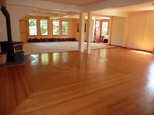 Satsang Room.jpg