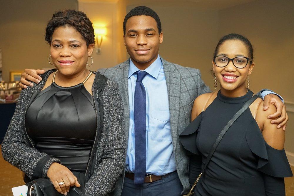 Darby, SHS Senior '19 & His Mom & Sister