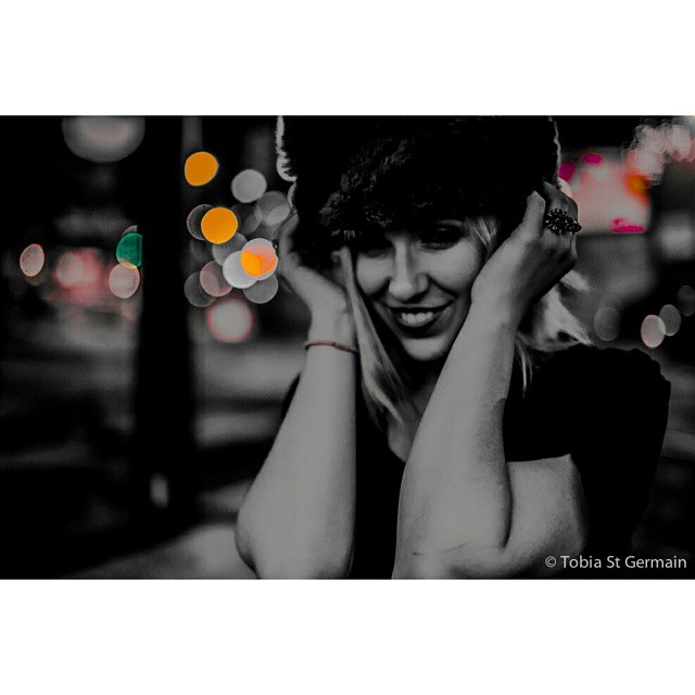 @bella_trixks   #blackandwhite #monochrome #monochromatic #bnwphoto #bnw #bokeh #lights #portrait #portraitmood #portraitsbnw