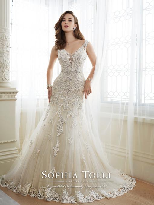 plus size bridal store | Sophia Tolli Daria | Curvy Rose | Atlanta, GA