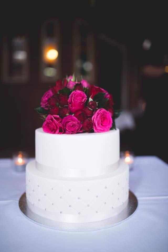 wedding Cake 2 fondant.jpeg