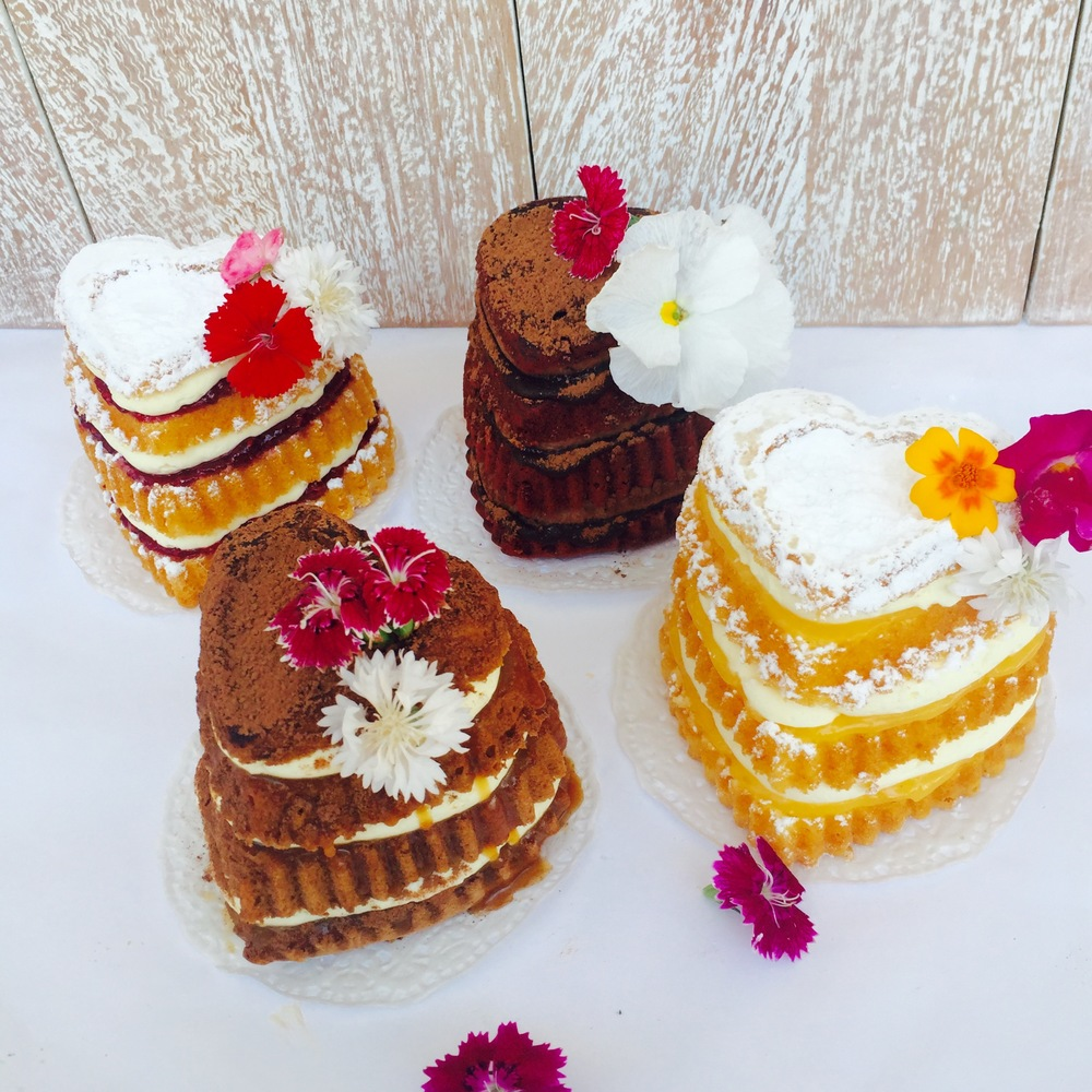 vanillapodvalentinesdaycakes