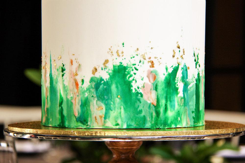 vanillapodspecialtycakes-abstractdesign-5