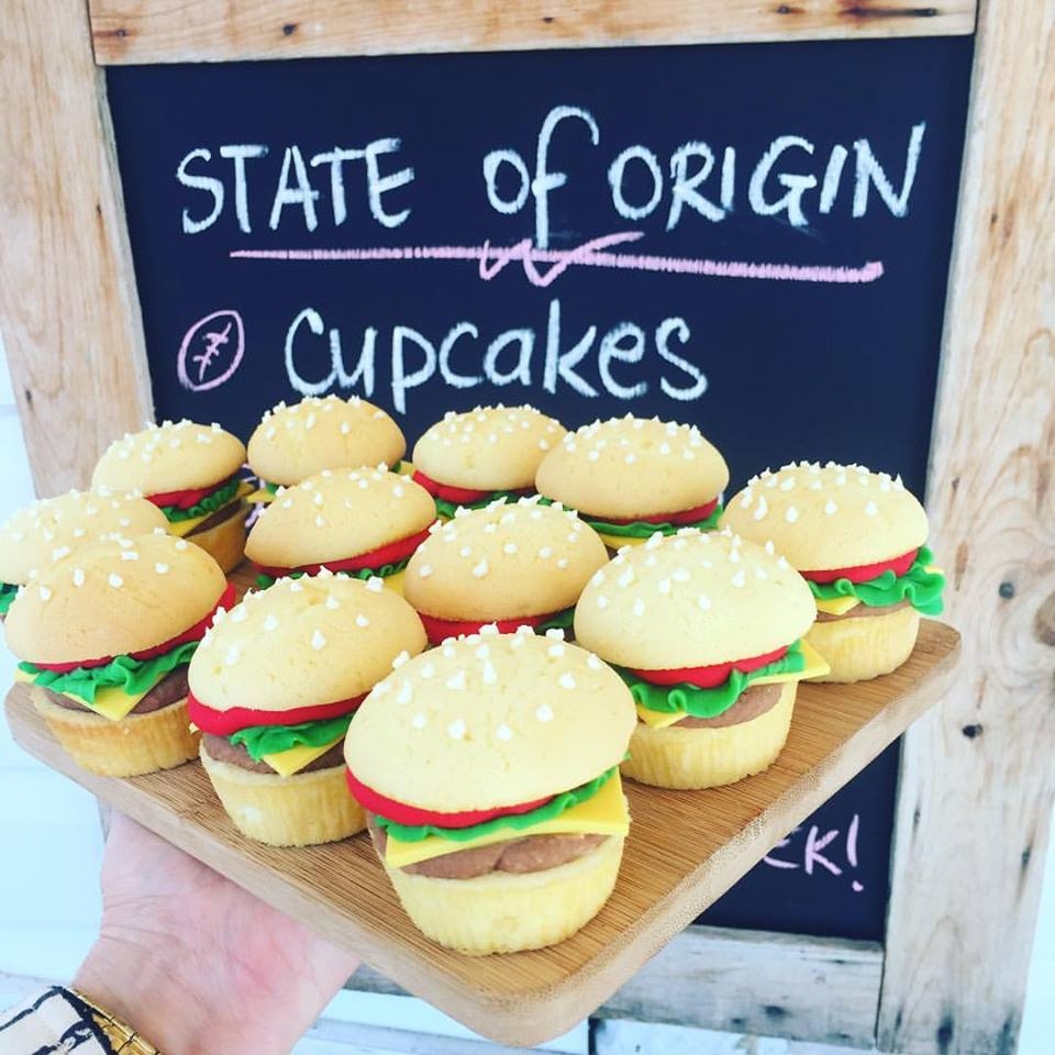 Vanilla Pod Burger Cupcakes.jpg