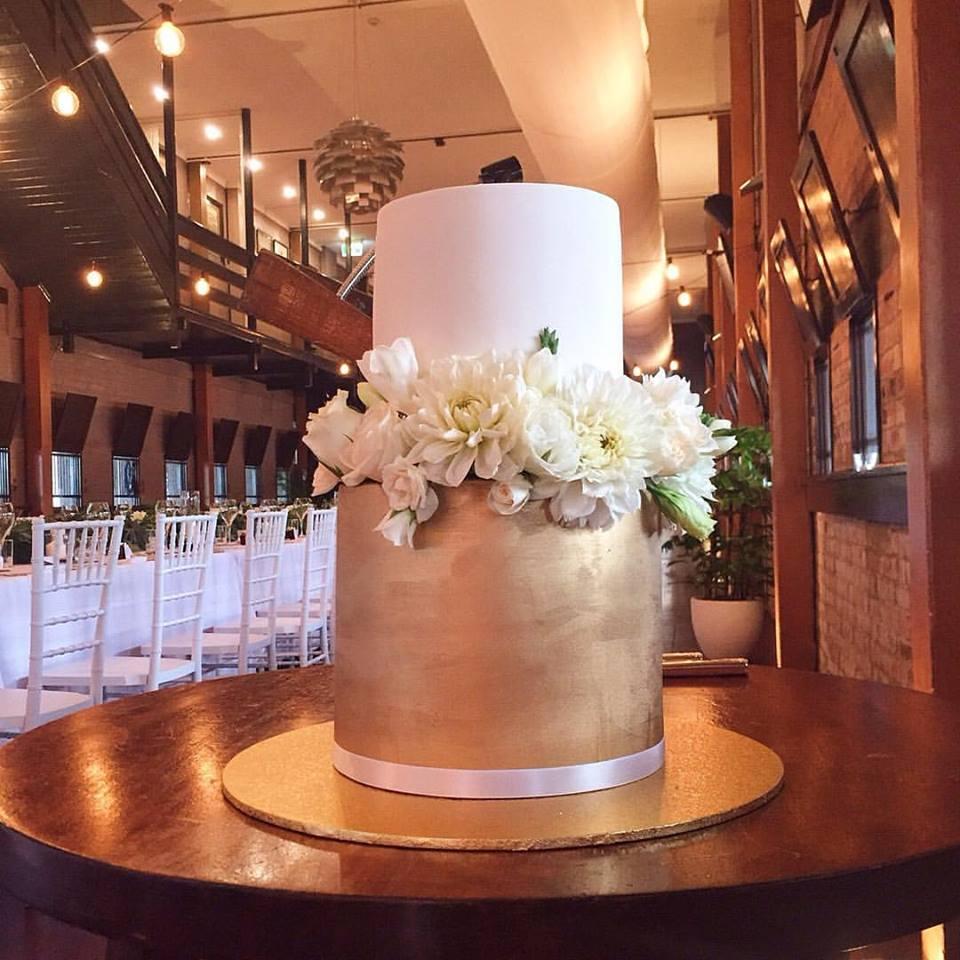 vanillapod-weddingcake.jpg