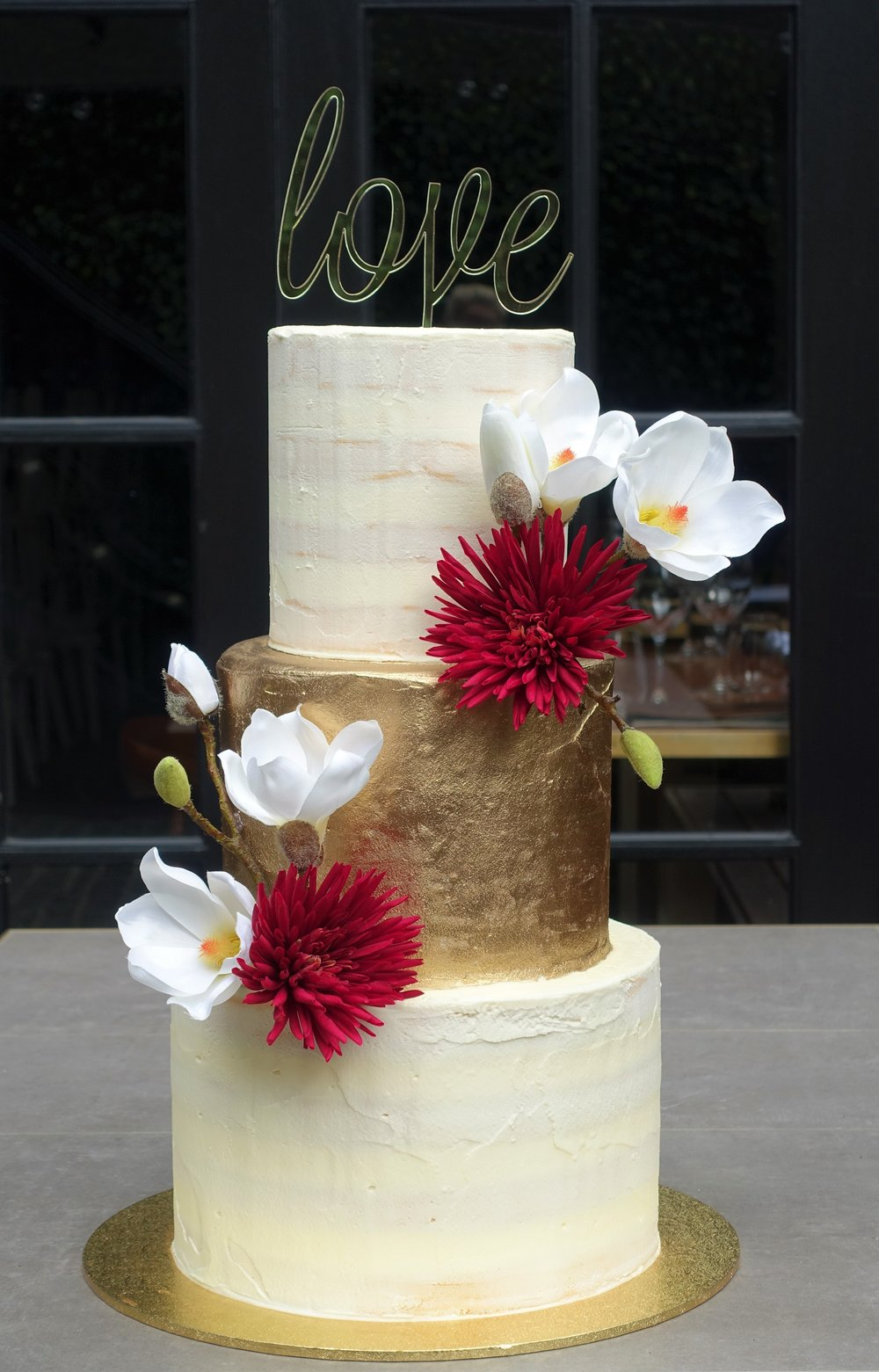 vanillapod-weddingcake-floral.JPG